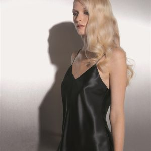 buy the Luna di Seta Silk Camisole in Black