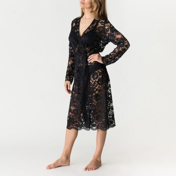side view of PrimaDonna Soie Belle Kimono in Black