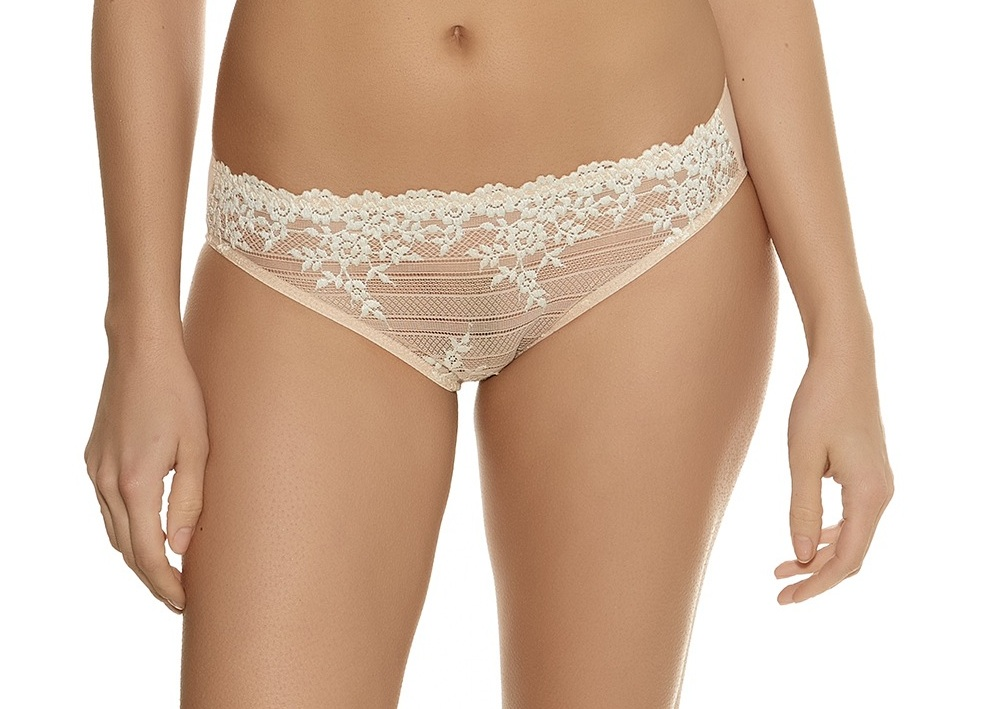 Wacoal Embrace Lace Brief in Nude