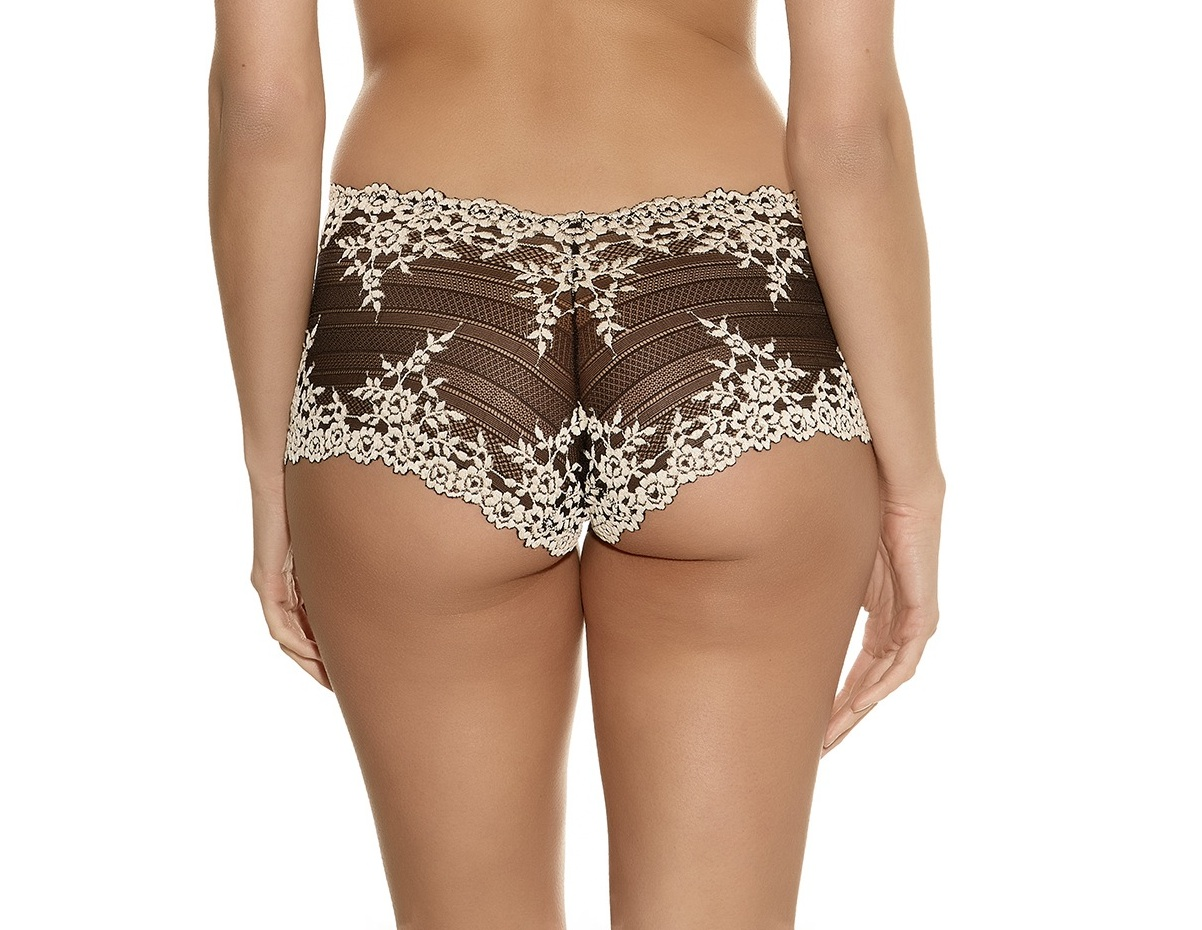 Wacoal Embrace Lace Short in Black
