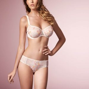 wearing the Empreinte Ashley Shorty in jardin d'ete with balconette bra