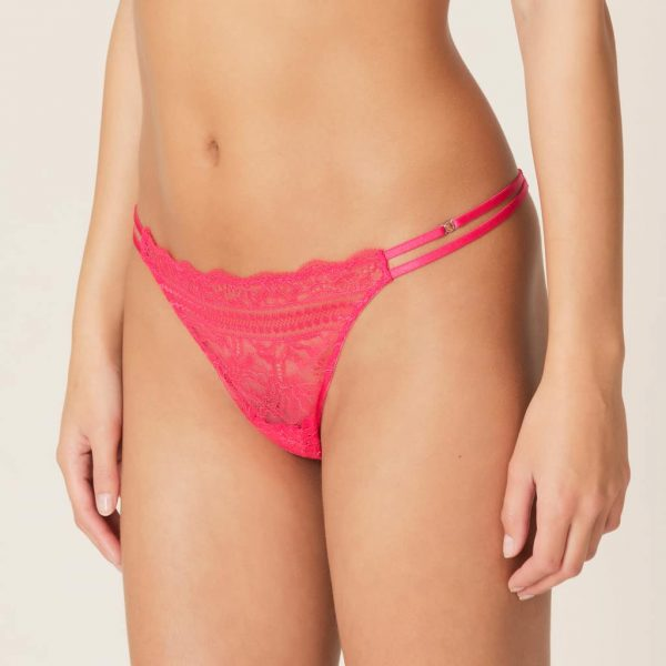 side view of Marie Jo Francoise Thong in Ace