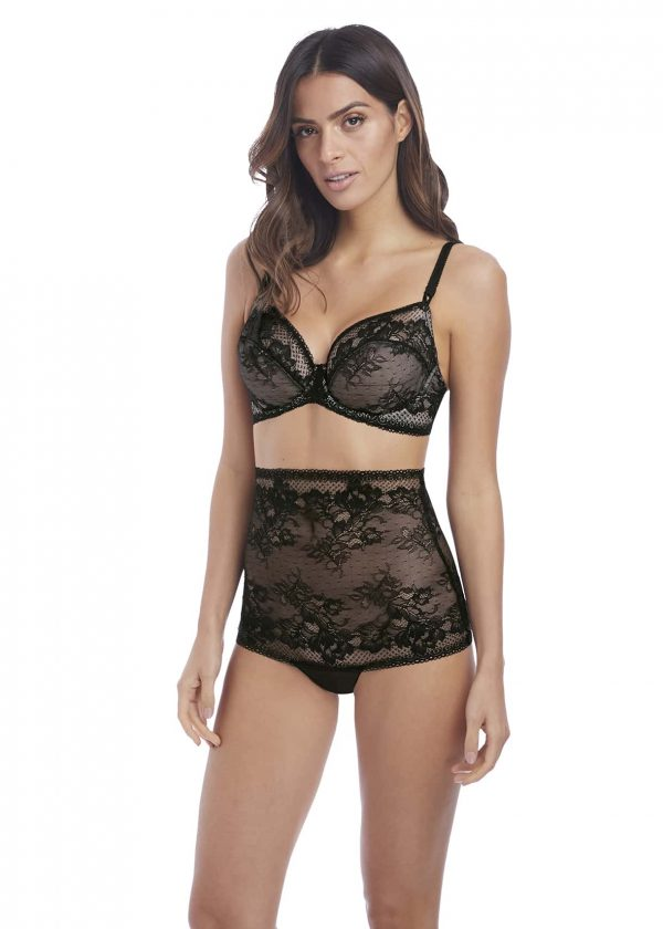 wearing the Wacoal Lace to Love Underwire Bra in Black with high waist brief