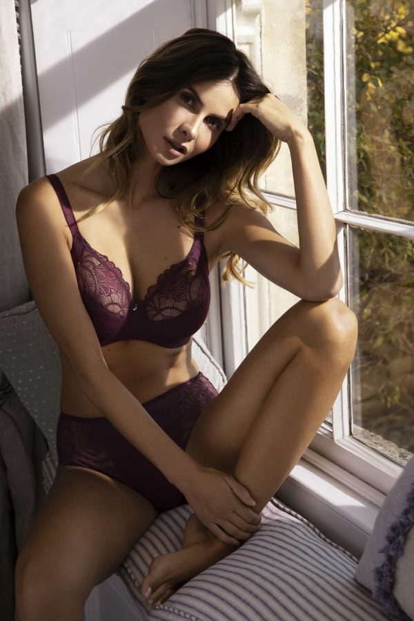 wearing the Fantasie Memoir Full Cup Bra in Black Cherry