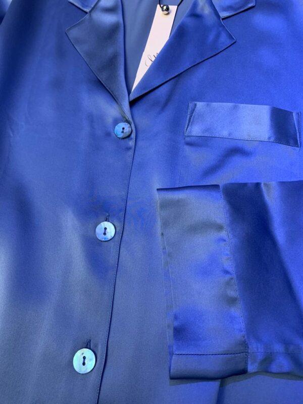 close up of Luna di Seta Silk Pajamas in Lavender top