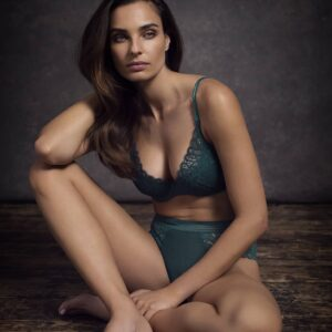 buy the Wacoal Raffine Plunge Push Up Bra in Emerald